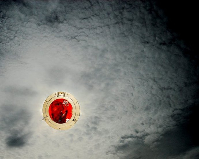 nuageshublot3contrstrecadré.jpg